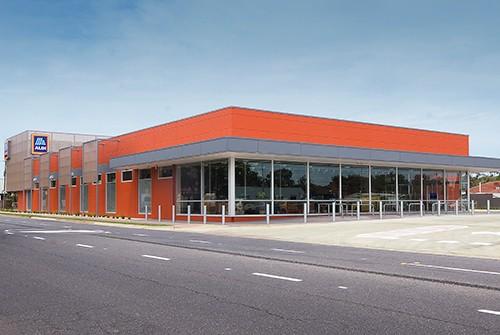 New ALDI store in Sailsbury opens its doors